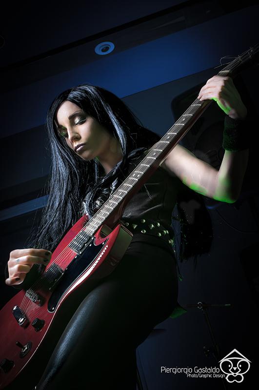 Shooting: One Girl Rock Band – Guitar