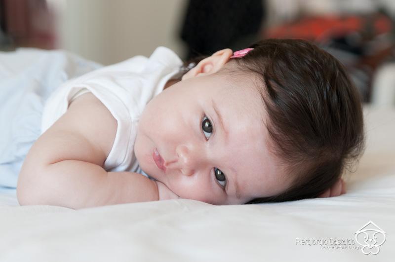 Fotografia di ritratto Newborn: Alice